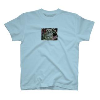 ねむいね T-shirts