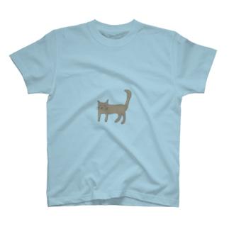 茶色のねこ T-shirts