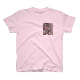 Wall Tee T-shirts