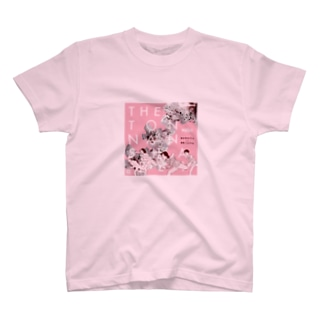 桃の花の下で T-shirts