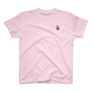 果物ドレスの魚(赤色) T-shirts