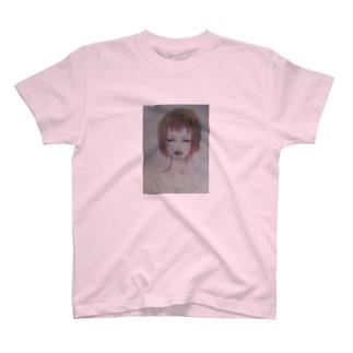 赤髪の女の子 T-shirts