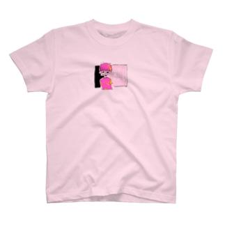 ムダに風にふかれる T-shirts