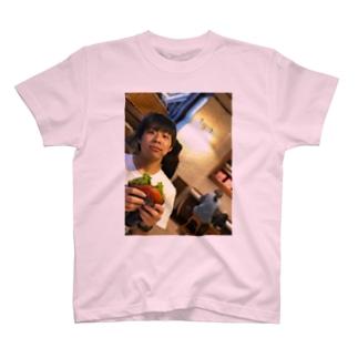 しゅう T-shirts