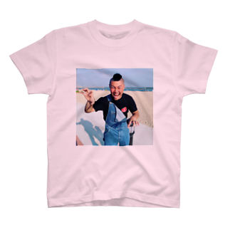 大城良将の中澤やねん。 T-shirts