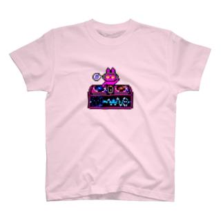 DJ U.S.A.-P うさぎP T-shirts