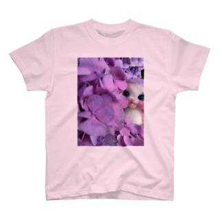 キャンディ(紫陽花から見つめる) T-shirts