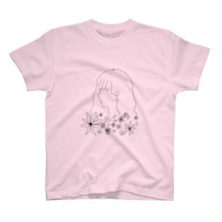 フラワーガール T-shirts