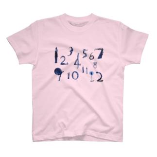 12ヶ月 T-shirts