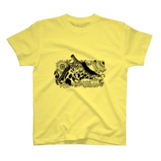 Giraffa camelopardalis Tシャツ