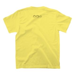 肉マンガール T-shirts