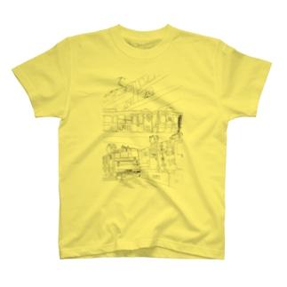 東日本の三階建ての鉄橋 T-shirts