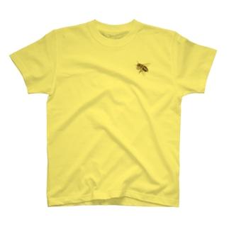 ハチついてるよ T-shirts