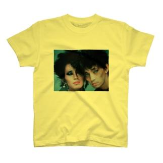 君がいなけりゃ夜はCRY T-shirts