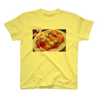 フルーツスペシャルクレープ T-shirts