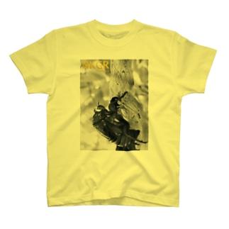 抜け殻 T-shirts