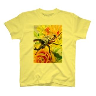 カブトムシ ☆グラントシロカブト2☆ T-shirts
