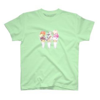 柴犬アイス T-shirts
