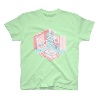 ド部屋 ピンク T-shirts