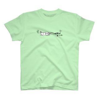 クッキーの運び屋イタチ T-shirts