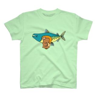 くま君と鮭君 T-shirts