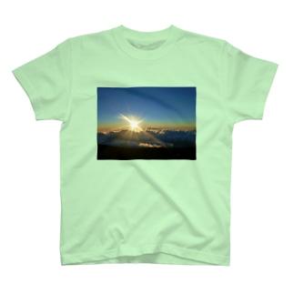 いつも心に太陽を🌞✨Part②太陽の家🏘️ T-shirts