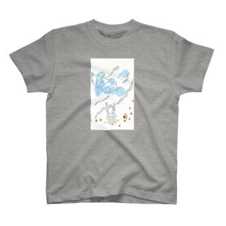 とばされた傘 T-shirts