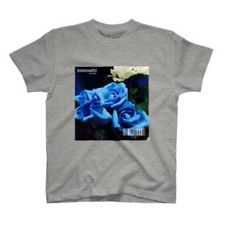 フラワーNo.2 T-shirts