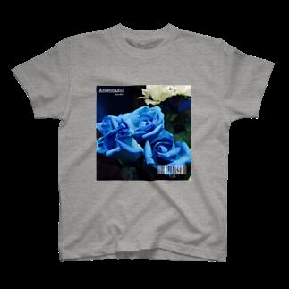 esuaiのフラワーNo.2 T-shirts