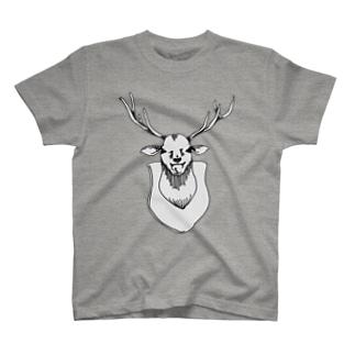 ニヤニヤした鹿さん T-shirts
