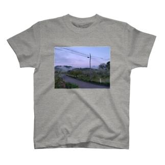 泉山 T-shirts