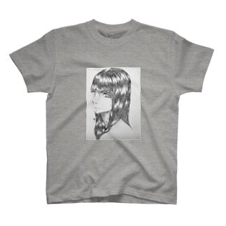 黒髪の女の子 T-shirts