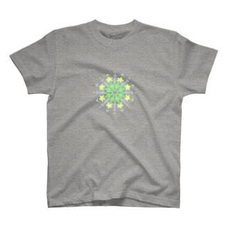 福猫の花壇のきらきら星の魔方陣 T-shirts