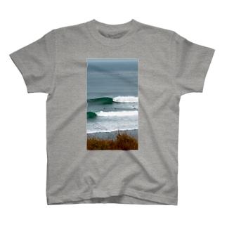 イイ波🌈 T-shirts