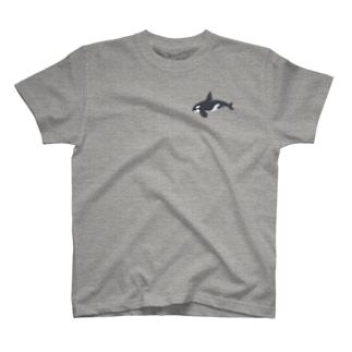 ニヤっとするシャチ T-shirts
