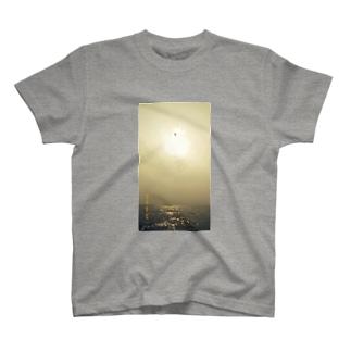 海上にて。 T-shirts