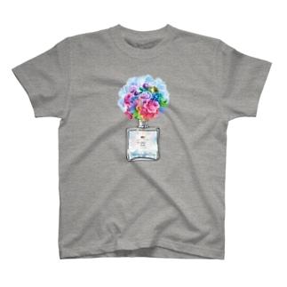 アンドアイデザイン 数秘&カラー🄬オマージュボトルNo22&CLEAR T-shirts