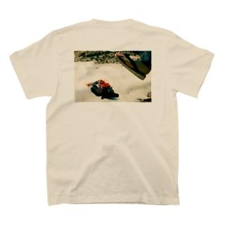 ASSETSUシリーズ 危機一発 T-shirts