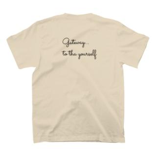 DAY_OFFのバックプリント🤍🤍 T-shirts
