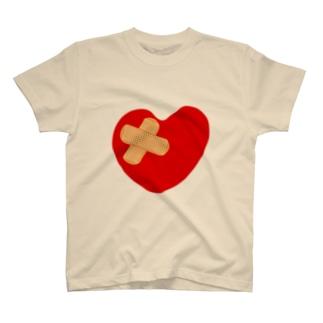 broken_heart_01 T-shirts