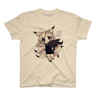 過労きつねちゃん2 T-shirts