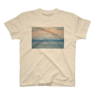 淡い T-shirts