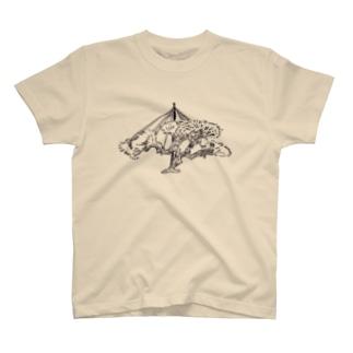 松の雪吊り T-shirts