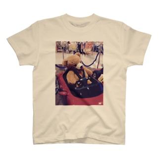 パンケ期の時速60kmでトバすクマ T-shirts