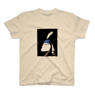 真珠の耳飾りのうさぎさんTシャツ T-shirts