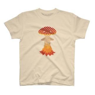 ドット 急ぐ赤きのくらげ T-shirts