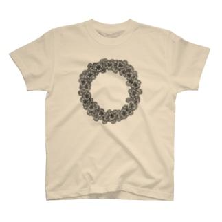 クローバーリース T-shirts