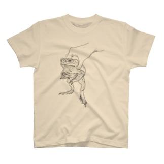 a kaeru in the hand オオヒキガエル T-shirts