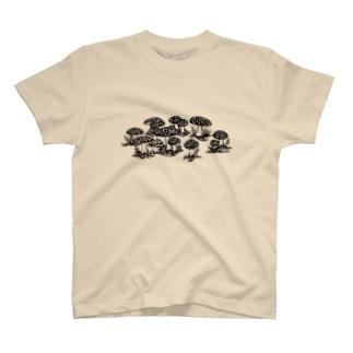 中家族 T-shirts