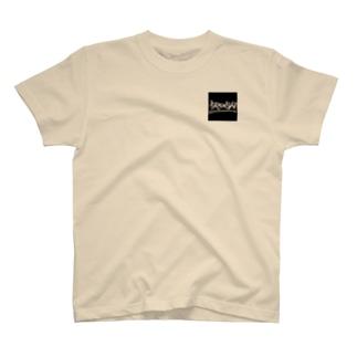 youkito1012のshe run T T-shirts
